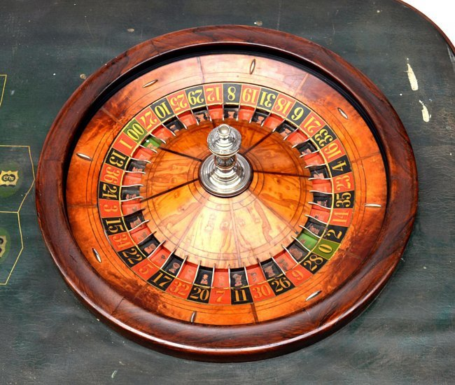 Roulette wheel bearings