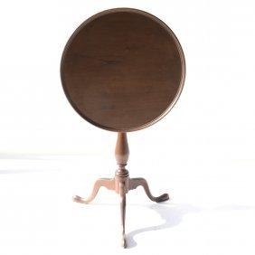 Small Tilt-top Side Table