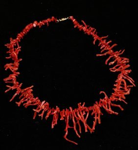 Branch-form Coral Necklace
