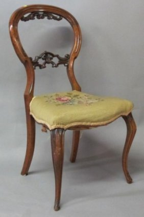 CARVED NEEDLEPOINT UPHOLSTERED SIDE CHAIR: