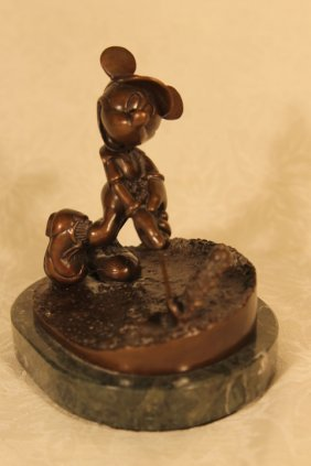 """Chilmark, """"mouse Trap Bronze"""" Sculpture 46/75"""