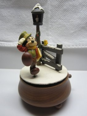 Anri Woodcarved Christmas Mickey Mouse Music Box