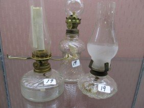 (3) Crystal Pattern Glass Mini Oil Lamps