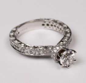 14k White Gold Pave Ladies Ring