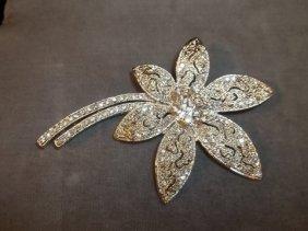 Nice Rhinestone Flower Brooch