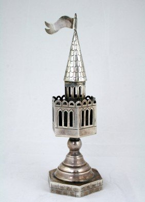 AN ARTISAN STERLING SILVER SPICE TOWER. 20th Centur