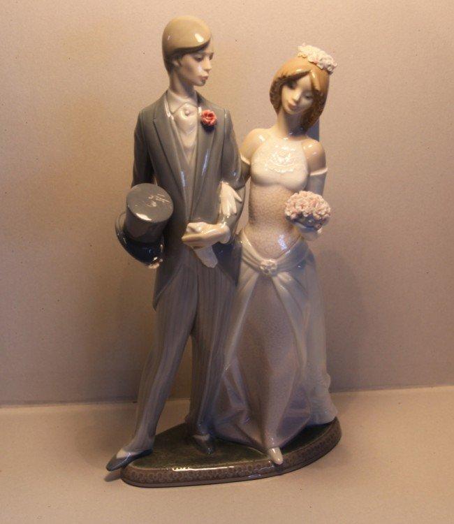 45 Lladro Wedding Couple 1404 Lot 45