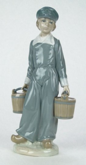 "LLADRO PORCELAIN FIGURINE ""DUTCH BOY WITH PAILS"""