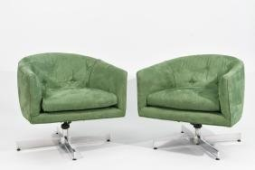 PAIR OF MID-CENTURY TUFTED BARREL LOUNGE CHAIRS