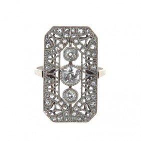 Platinum Ring With Diamonds ,  20-ties�30-ties XXcen