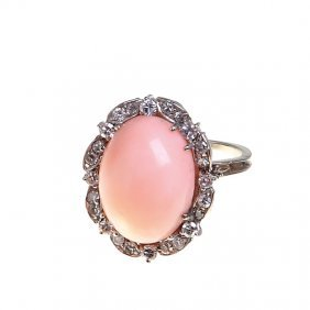 Coral Ring, Italy, XX Th Century White Gold ~ 0,750