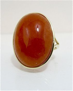 14K Yellow Gold Carnelian Ring