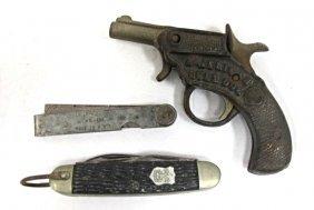 """Antique Kenton """"american Bulldog"""" Cast Iron Cap Gun & 2"""