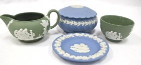4 Pieces Of Wedgwood To Include: Small Plate, Small