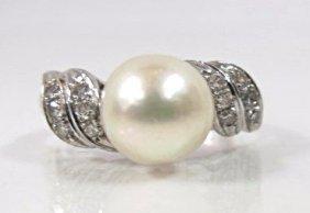 14k White Gold Ladies Pearl & Diamond Ring,