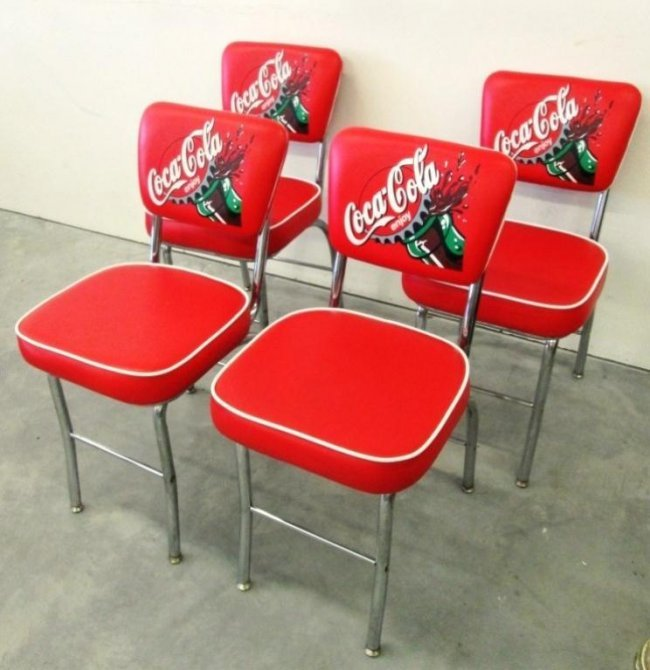 COCA COLA CHAIRS Lot 148