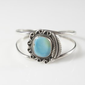 Sterling & Turquoise Navajo Style Cuff(1.4)