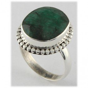 35ctw APPROX Silver Emerald Ring