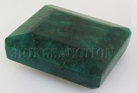 Big Emerald Beryl 1348.50ctw Loose Gemstone Emerald Cut