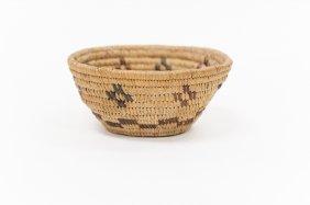 Native American Basket. Yokuts/mono.