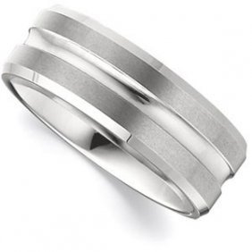 TUNGSTEN  BEVELED  BAND  WITH  GROOVED  CENTER