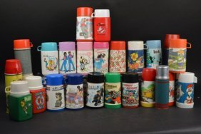 Large Lot Of Vintage Thermoses