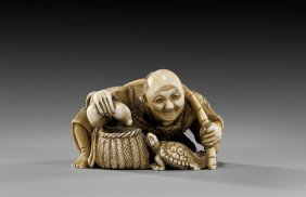 Antique Ivory Netsuke: Fisherman