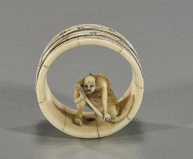 Antique Ivory Netsuke: Barrel Maker