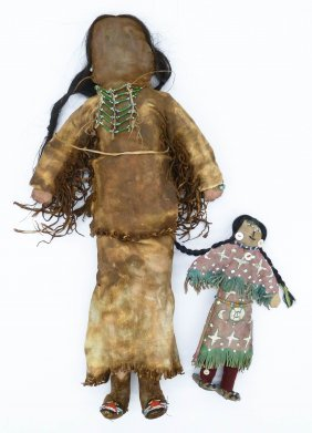 2pc Old Plains Leather Indian Dolls. Includes A Large