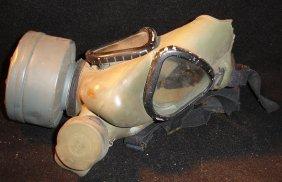 U.S. Army Gas Mask 25131-1004