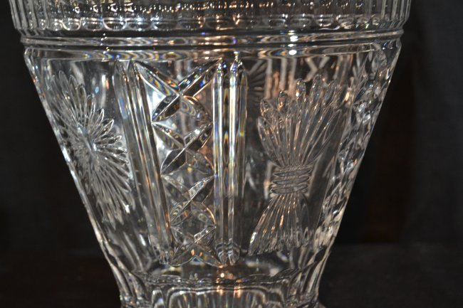 Large Waterford Crystal Vase With Bows Lot 198