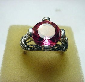 BEAUTIFUL STERLING PINK STONE RING SIZE 9