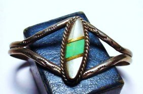 NAVAJO SILVER MOTHER OF PEARL. TURQUOISE BRACELET