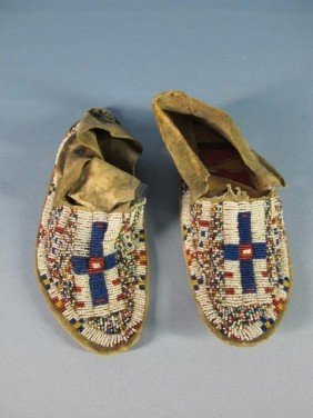 Sioux Hard Soled Beaded Moccasins