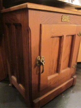VINTAGE STYLE OAK ICE BOX STYLE CABINET, APPROX 22""