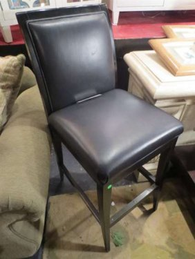 NEW NEVER USED DCOTA DESIGNER LEATHER BARSTOOL, SQU