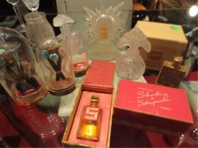 COLLECTION OF VINTAGE PERFUME BOTTLES INCLUDE SCHIAPARE