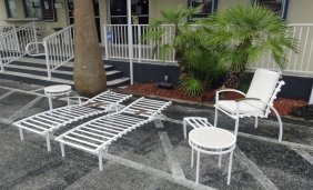 6 Pc Modern White Metal Patio Set, Includes 2 Lounge