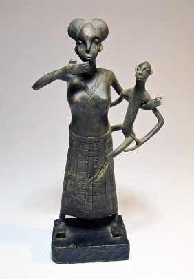 Fine Fon Bronze Maternity Sculpture