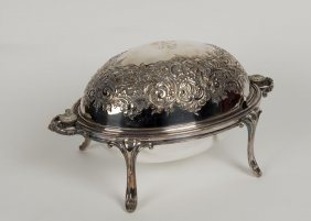 A Victorian Silver Plated Turn Over Steak Dish