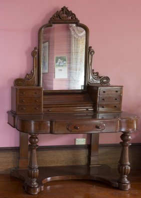 A Victorian Mahogany Mirror Backed Dressing Table, Late