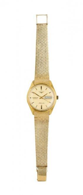 A Gentleman's Gold Admiral Day-date Wristwatch,