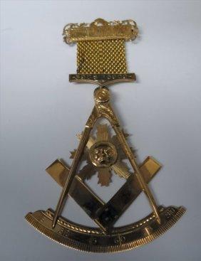 "Gold Masonic Jewel ""king David Lodge"" 5908 - 5909"