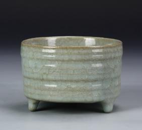 Chinese Antique Tripod Celadon Censer