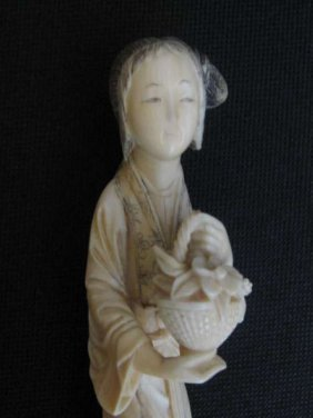 Chinese Take Fan Female Ivory Statue 象牙