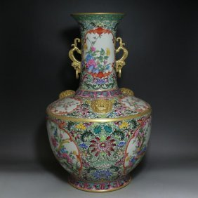 A Big Nice Chinese Gilt Famille Rose Bottle