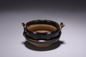A Jizhou Ware Two Handled Bowl