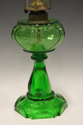 Findlay Queen Hearts / Sweetheart Lamp - Green