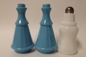Victorian Glass Tall Saloon Shakers
