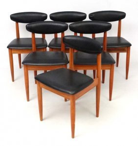 Vintage Retro : A Set Of 6 Teak Dining Chairs With